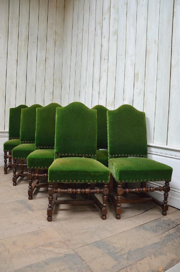 set of 8 chairs louis xiii style FAE479
