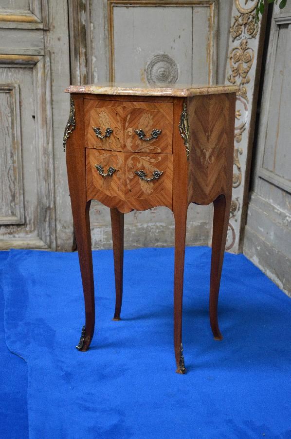 small chest of drawers with bronze ornaments FAE445
