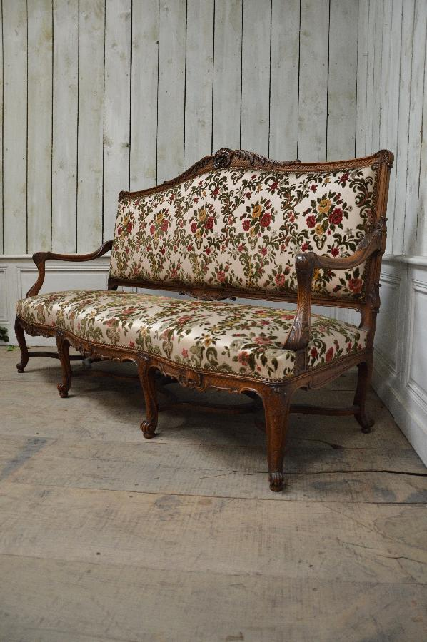 french antique walnut sofa FAE517