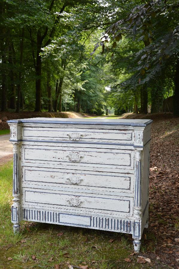 painted commode louis xvi style FAE255