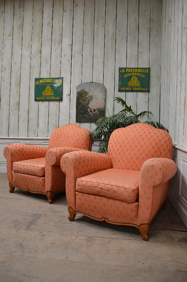 pair of club armchairs FAE288